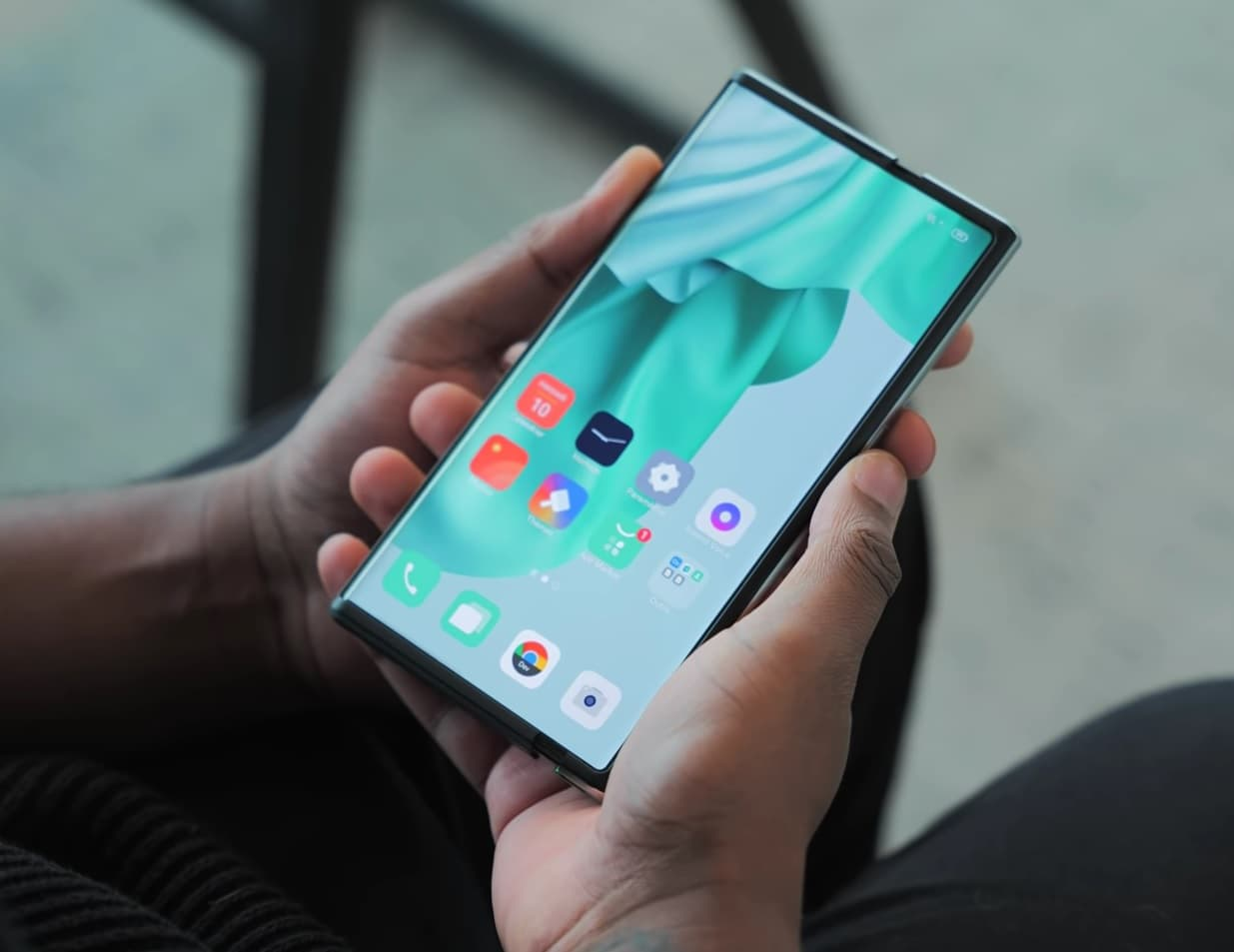 El OPPO X 2021 y su display enrollable se dejan ver en videos detallados